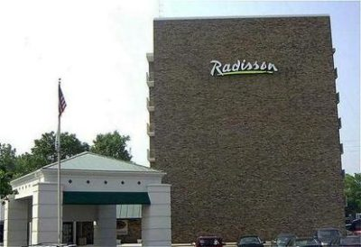 radisson-hotel-grand-rapids-riverfront